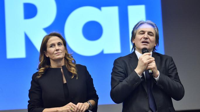 Pagare tutti per pagare meno, sul canone Rai ha ragione Renzi