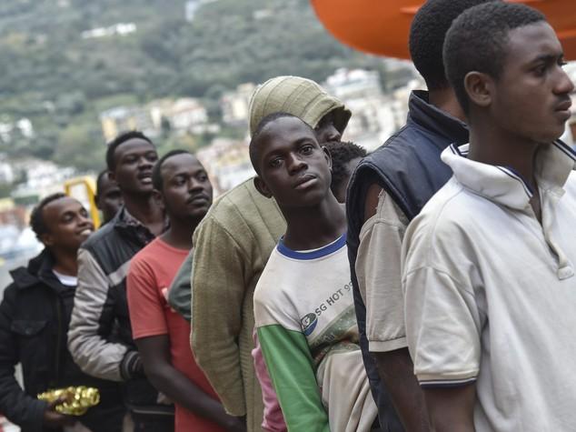 Il vertice di Parigi sui migranti è solo un punto di partenza