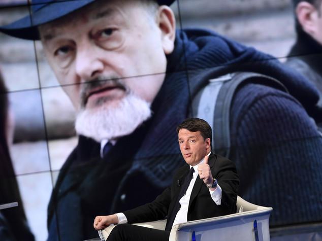 Matteo Renzi sospetta una 'fabbrica' delle prove su Consip