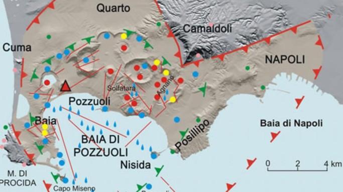 """""""Caldera dei Campi Flegrei, eruzione più vicina del previsto"""""""