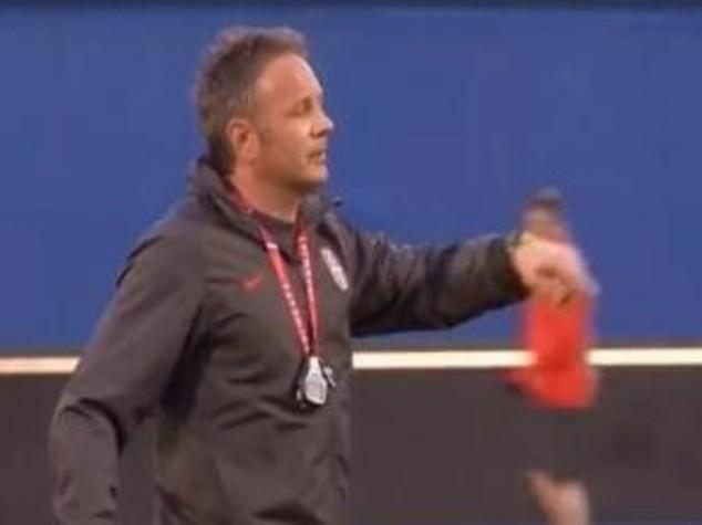 Football: AC Milan signs Mihajlovic as new coach