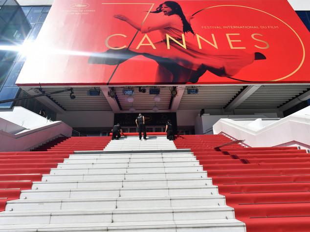 Al festival di Cannes il critico de 'L'Unità' combatte su Facebook