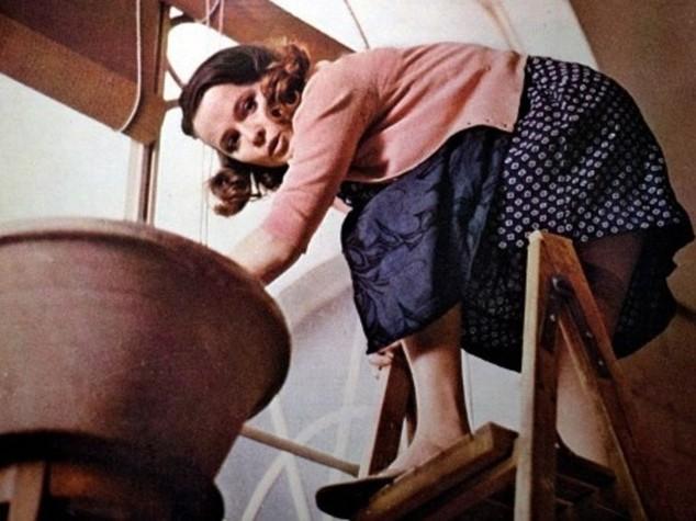 Laura Antonelli stroncata da malore. Muore l'icona sexy del cinema italiano