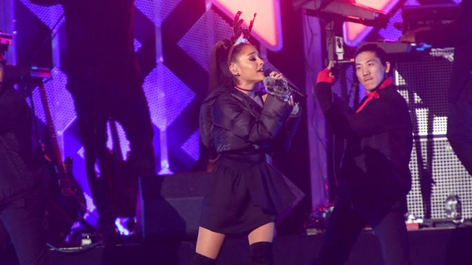 """Ariana: """"Sono distrutta"""". Chi è la regina del pop (e dei social)"""