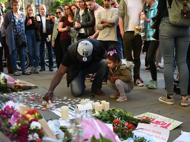 Bomba ad un concerto 19 morti a Manchester