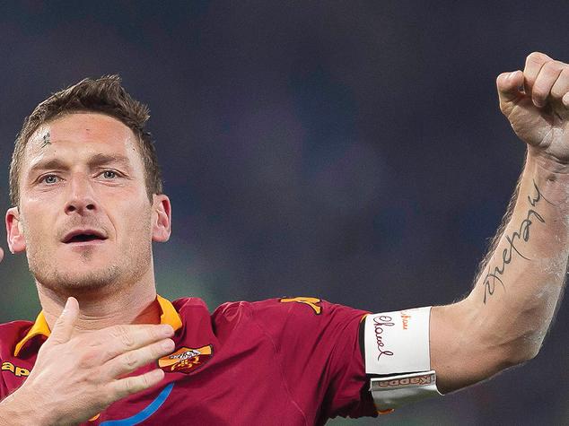 """""""Francesco Totti: tutta la vita"""". Esce il libro di Agi con il Messaggero"""