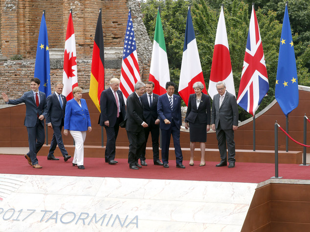 G7: accordo a 6 sul clima. Trump prende tempo /Live