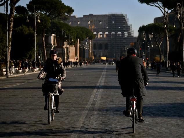 Perché l'Italia fa ancora fatica a montare in sella