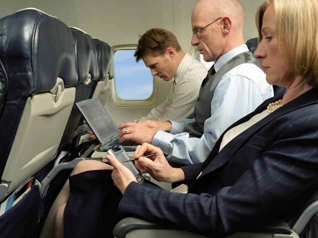 Perché gli Usa vogliono vietare i pc portatili in aereo