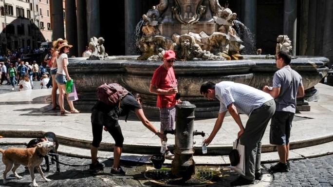 """""""Sta finendo l'acqua a Roma"""". Cosa succederà tra una settimana"""