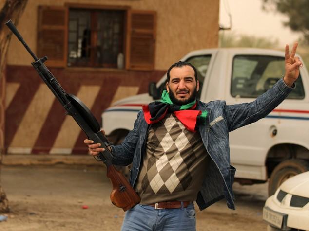 """""""Così gli 007 inglesi lasciarono tornare i jihadisti in Libia"""""""