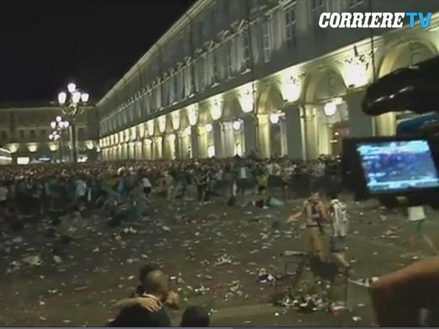 Panico a Torino: migliorano condizioni del bimbo in coma