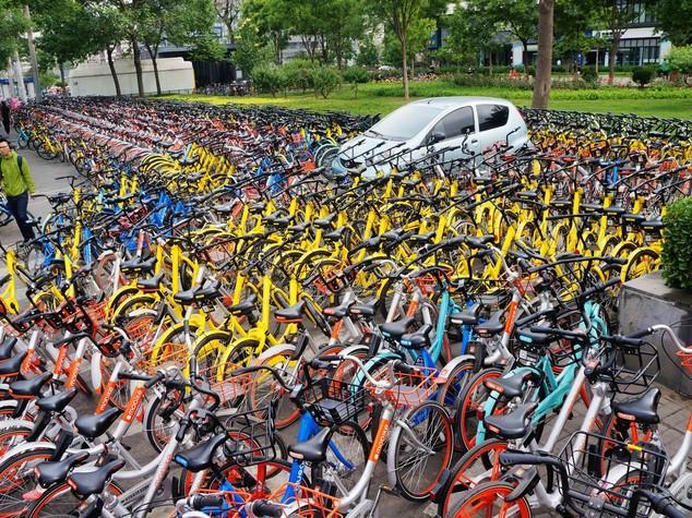 Mobike, la nuova icona della Cina che cambia