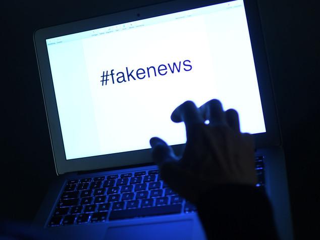 Vodafone contro le fake news: basta pubblicità ai siti di bufale