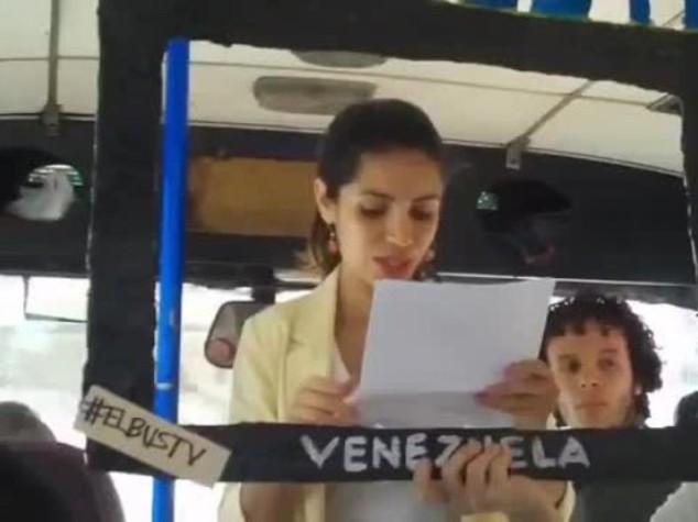 In Venezuela i giornalisti sfidano la censura facendo i tg negli autobus