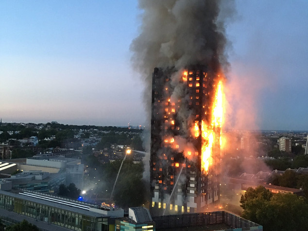 incendio Milano Grenfell Tower