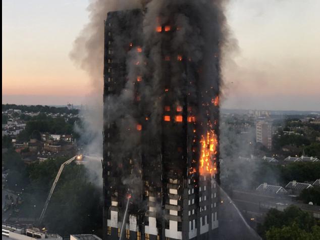 Rogo a Londra, 17 vittime ma si temono decine di dispersi
