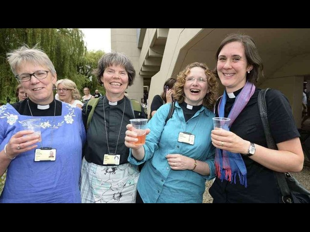 Anglican Church to vote again on women bishops