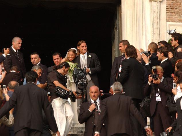 I fatti del 19 giugno. Dall'alluvione in Versilia al matrimonio di Totti