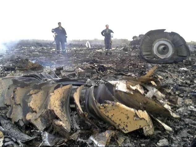 Malaysia Airlines plane crashes in Ukraine