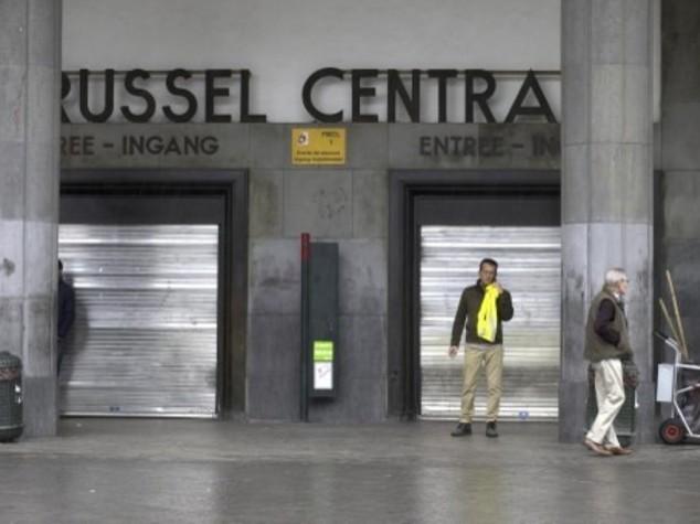 == BREAKING NEWS == Tentativo di attentato a Bruxelles evacuata Grand Place