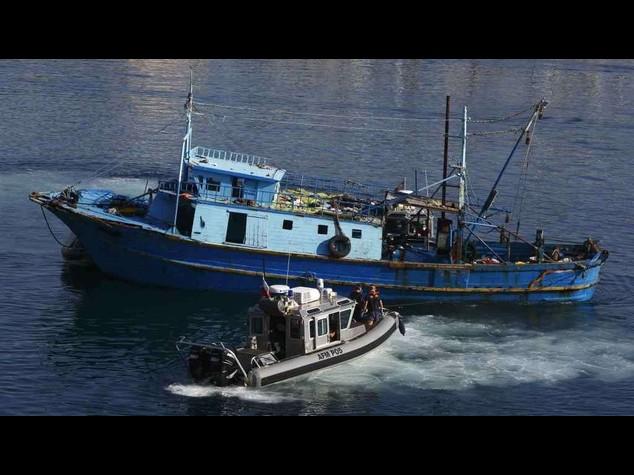Immigrati: 203 profughi in arrivo a Pozzallo, ieri 749 salvati
