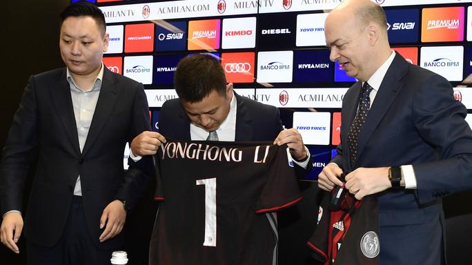 Perché Pechino indaga anche sulla cessione del Milan