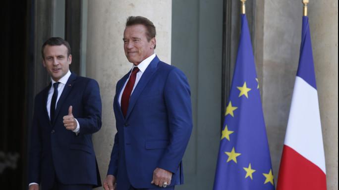 Macron-Schwarzenegger, video-selfie per salvare il pianeta