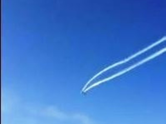 Scontro in volo ad Alba Adriatica Due aerei in mare, morto pilota