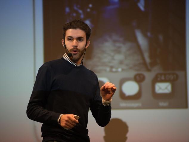 """Un imprenditore italiano di 22 anni scrive all'Ue: """"I soldi di Google investiteli in startup"""""""