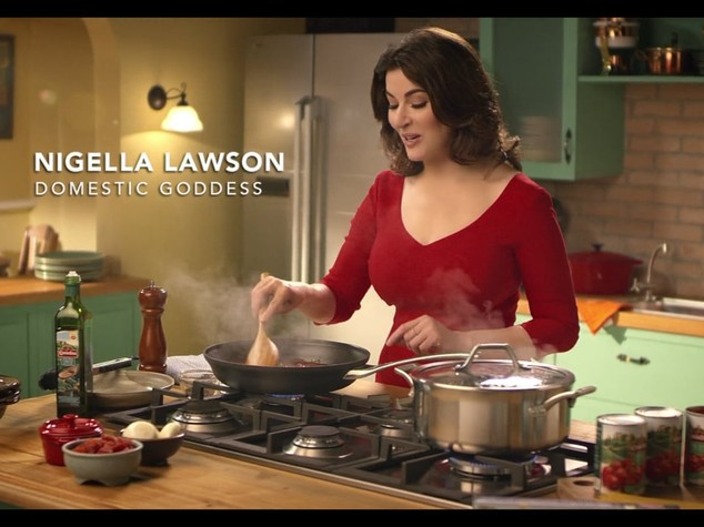 Il web boccia la carbonara di Nigella Lawson, senza appello