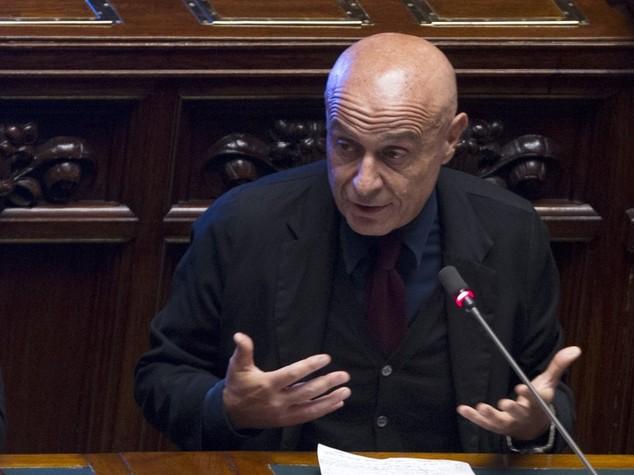 L'informativa di Minniti sui migranti alla Camera. In 10 punti