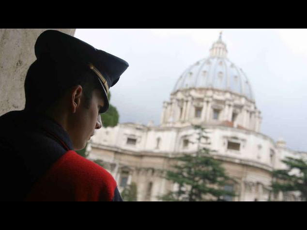 Vaticano: padre Lombardi, chiesti soldi per lettera di Michelangelo rubata nel '97