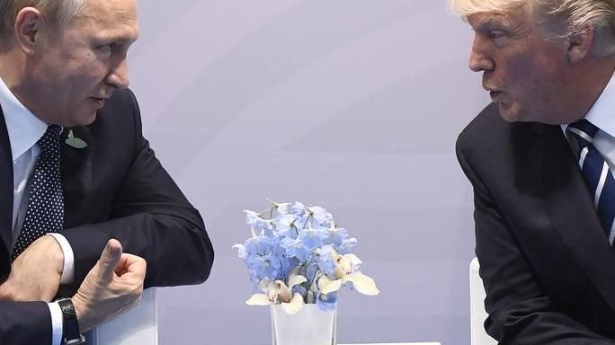 L'incontro con Putin raccontato da Trump. Su Twitter