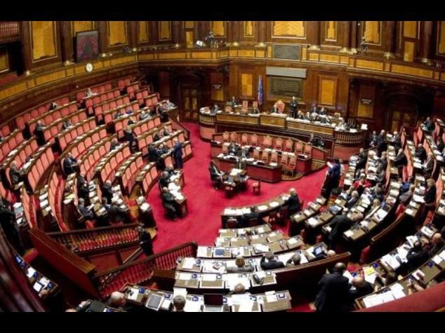 """Governo battuto sui senatori a vita: minoranza Pd """"fatto tecnico"""""""