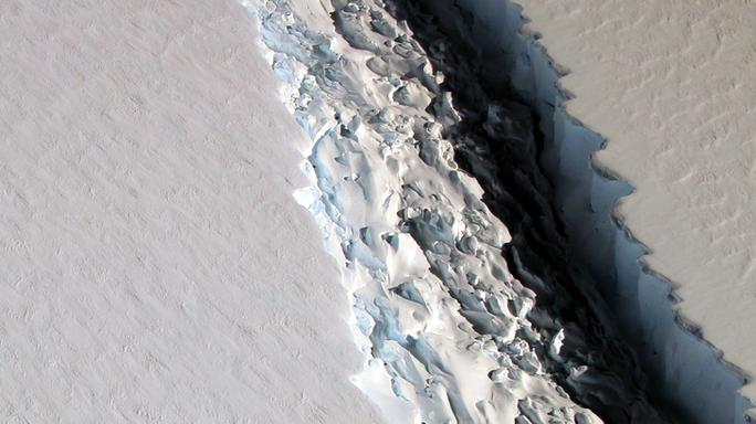 Il distacco dell'iceberg A68 potrebbe essere l'inizio di una catastrofe