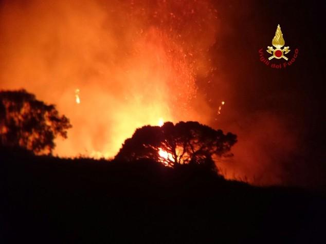 L'emergenza incendi in tutta Italia e gli altri appuntamenti in agenda
