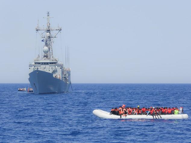 L'Italia prepara l''opzione nucleare' per superare la crisi dei migranti