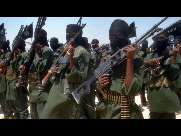 Kenya: Shebab rivendicano nuovo attacco sulla costa, 7 morti