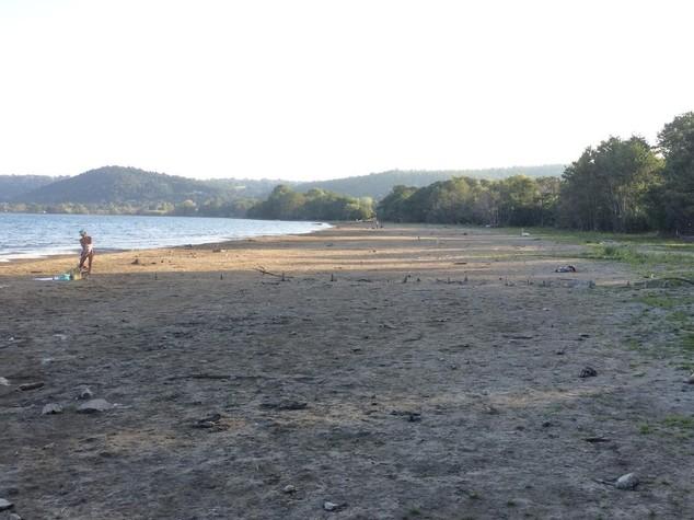 Chi è la sindaca M5S di Anguillara che accusa la Raggi sulla crisi idrica