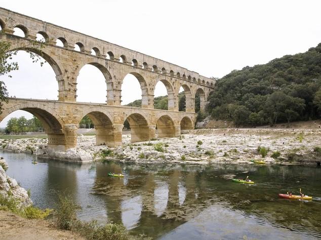 Crisi acqua a Roma, domani vertice. Vaticano chiude fontane