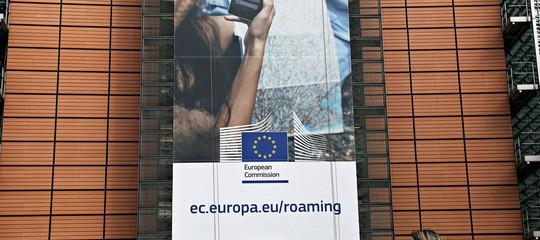 Il roaming è davvero finito? No, se siete in alto mare (o in Svizzera)