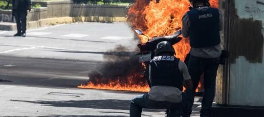 """Venezuela, procuratore generale: """"Il mio ufficio circondato dai militari"""""""