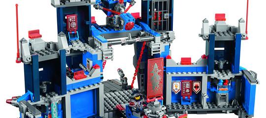 I mattoncini Lego sopravviveranno agli smartphone. Conquistando anche loro