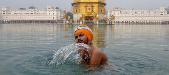 Ricordate la storia del pugnale sikh vietato dalla Cassazione? Non è mica finita...