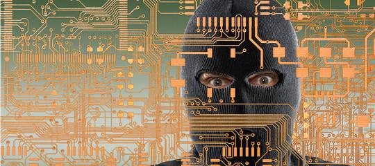 Così gli hacker potrebbero spiare l'Italia dai pc dell'Esercito