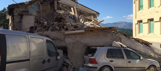 Cosa contestano al governo i sindaci dei paesi terremotati a un anno dal sisma