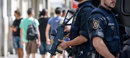 Perché l'intelligence spagnola si aspettava una strage a Barcellona