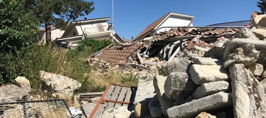 Solo il 9% delle macerie è stato rimosso dalle zone del terremoto. Il report di Legambiente