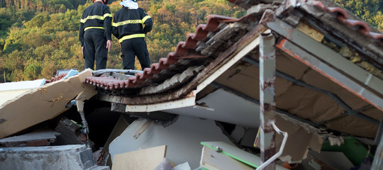 Nell'ultimo anno 17mila abusi edilizi, ecco come avanza il cemento illegale in Italia